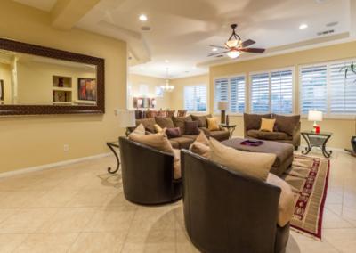 18 Open Floor Spacious Living Room