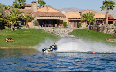 desert-ridge-estate-jetskiing1